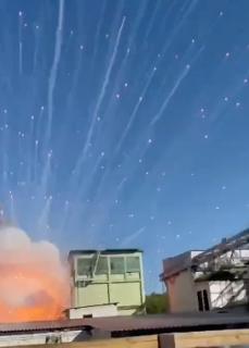 工場大爆発